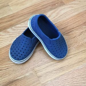 Native shoes in Navy